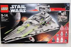Star Wars - 6211 - Imperial Star Destroyer (large edition)