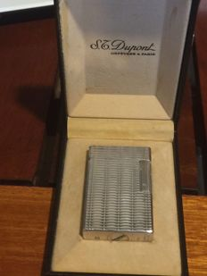 Silver and gold plated Dupont lighter - large model - very good condition - in its original box