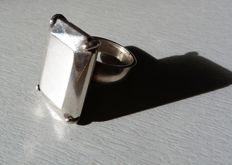 Superb sterling silver ring signed CHRISTOFLE