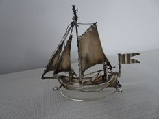 Dutch silver sailing ship with 2 figures
