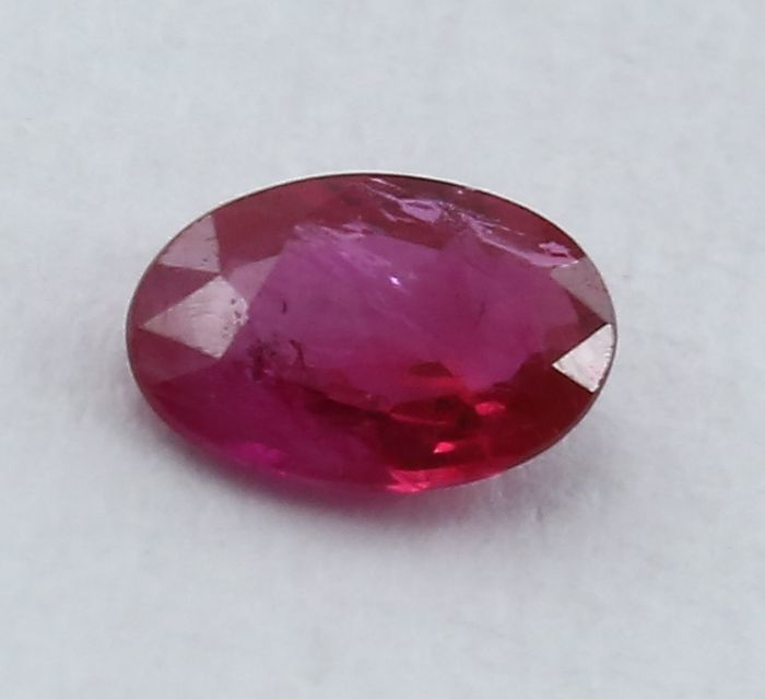 "Ruby - 0.20 ct. : ""No Reserve"""