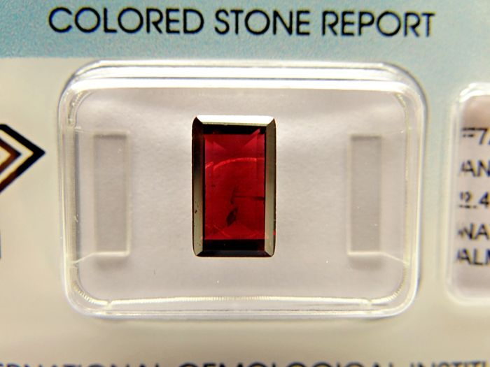 Almandite Garnet – 2,48 ct - no limit price