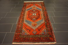 Unique Persian carpet, Malayar Hamadan, top wool, natural dyes, made in Iran, 105 x 210 cm