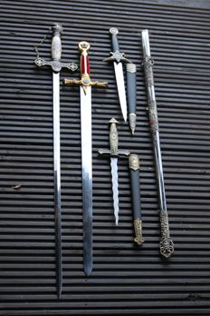 Masonic collection swords and daggers lot of 4-kris-dagger-short swords and long swords