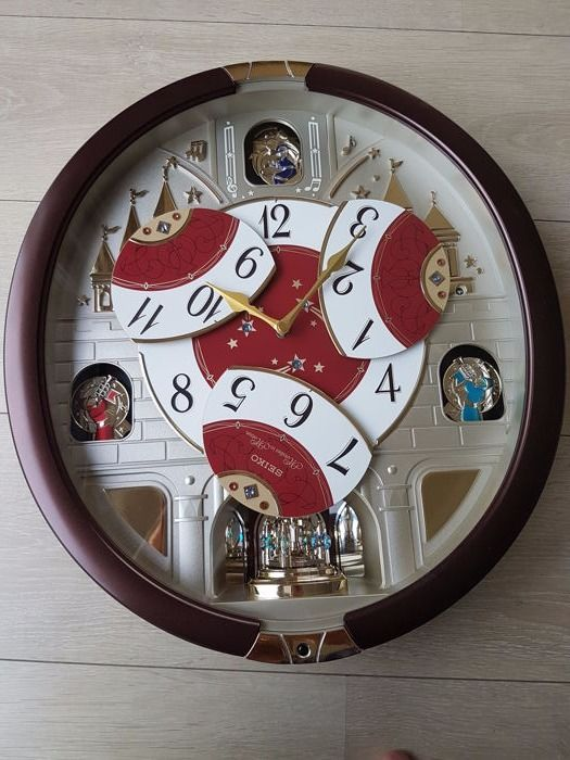 Seiko Melodies In Motion 24 Melodies Wall Clock Special