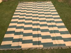 Special High Quality Stripped Hand Made Wool Kilim Rug 291 x 195 CM ( 9.5 x 6.4 Feet)