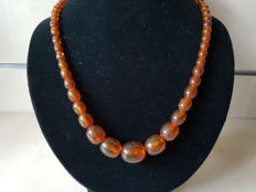 Early 20th century, beautiful necklace, olives made of natural amber, 52.5 cm
