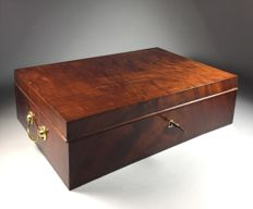 Solid mahogany craft box with brass fittings - England - second half 19th century