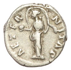 Roman Empire - AR denarius - Faustina Major - Aeternitas (RIC 351) - 17 mm 3,45g