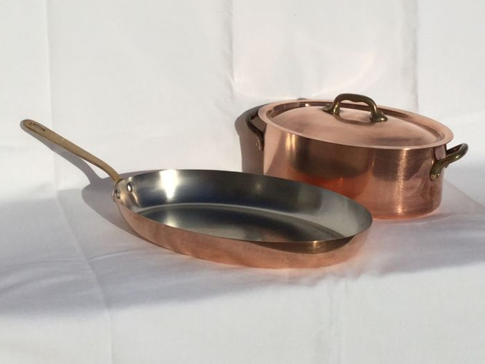 One large oval saucepan and one large oval cooking pot with lid — tinned copper, Villedieu Made in France