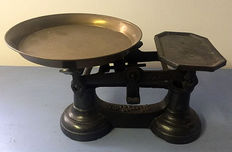 Cast iron scale, England, mid 20th century