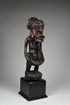 Unusual power figure - SONGYE - Democratic Republic of Congo