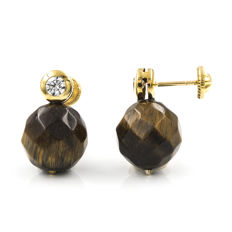 Yellow gold, 18 kt - Earrings - Faceted tiger's eye measuring 10 mm - Earring height: 15.85 mm