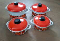 Cookware Set - 4 piece - retro