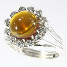 18K white gold ring set with diamonds and a cabochone paste - 1970