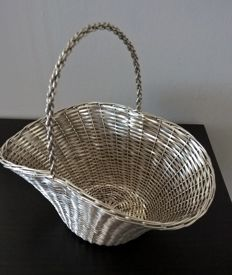 Basket for bread or fruit in skilfully woven silver 800 thread - 20th century Italy