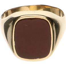 14 kt Yellow gold signet ring set with carnelian - Ring size: 21 mm