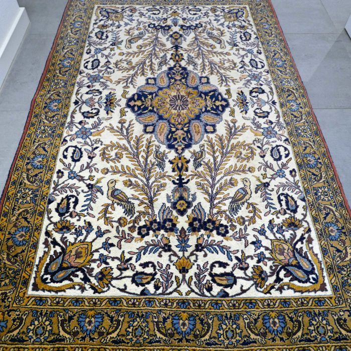 Magnificent, light bird paradise Qom Qum carpet - 206 x 124 - special design and appearance