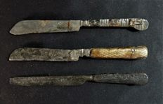 Post-medieval knives - L 160 to 165 mm (3)