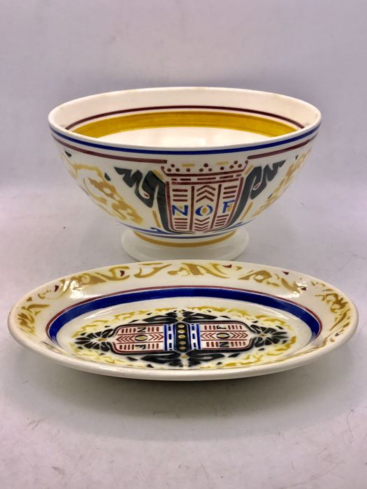 Petrus Regout - Bowl and bread dish, NOF Calvé - Richard Roland Holst 1924