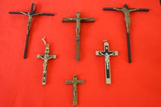 Lot of 6 with 3 pectoral cross crucifix that one cash - France - Spain - 19th and 20th