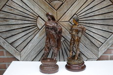 Two zamac statues depicting a musketeer and a farmer with scythe - ca 1920 - France