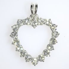 Lovely heart shaped diamond pendant - ca. 1970