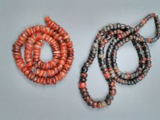 Carnelian, jaspe and agate beads