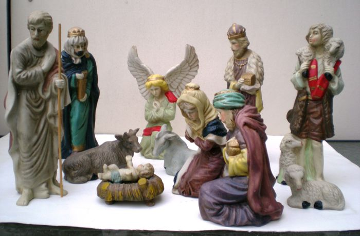 Beautiful porcelain Christmas group