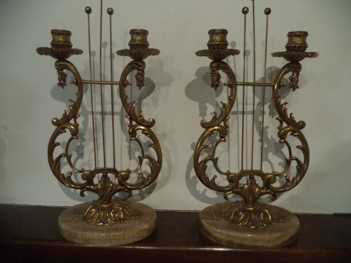 Candelabras in solid bronze and marble, perfect state, France, circa XX, height 38 cm, width 19 cm, weight 1500 each one