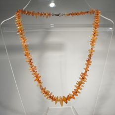 Necklace with biconical  inter spaced with small carnelian beads - L. c. 45 cm