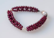 Bracelet with tourmalines and pearls with silver clasp - length: 18.5 cm