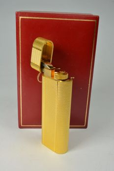 Gold plated lighter with diamond point engraving, new