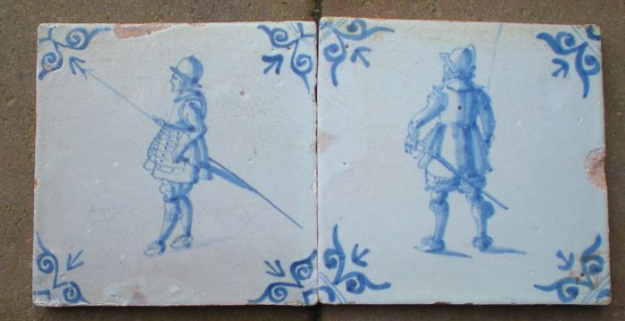 Lot of 2 antique tiles with Soldiers
