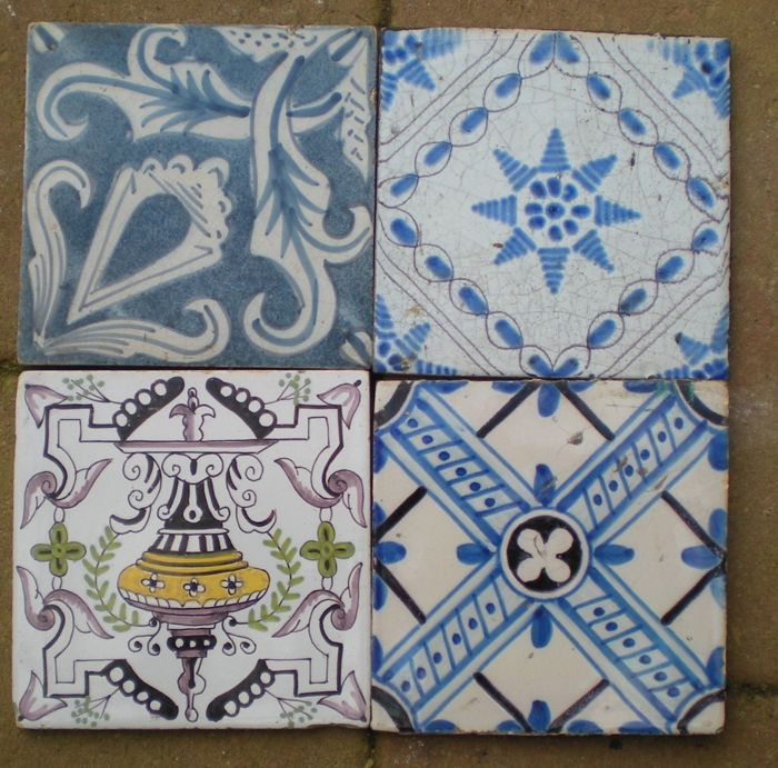 Lot with 4 antique ornament tiles. Rare