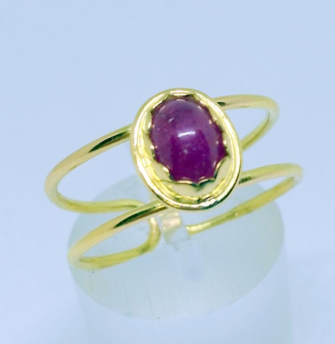 18 kt yellow gold - Cocktail ring - Cabochon ruby