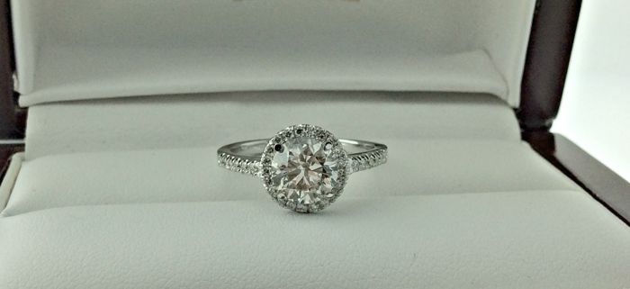 IGL 1.83 Ct  D/VS2 round diamond ring made of 14 kt white gold - size 7