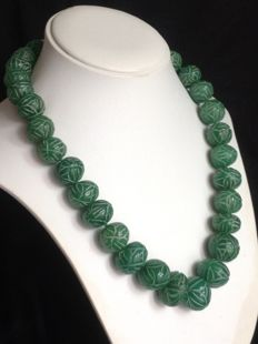 Single string of emeralds necklace - 18 kt gold clasp - Length: 51 cm