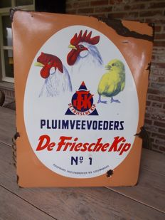 "Old enamel advertising sign ""De friesche kip"" animal-feed, from the 50s"