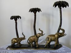 Beautiful three light brass candlestick in the shape of three elephants and palm trees - 20th century