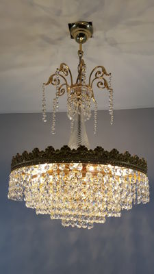 Chandelier set with cut crystals, second half of the 20th century, the Netherlands