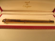 Rare and elegant fountain pen Must de Cartier gold laminated In perfect condition