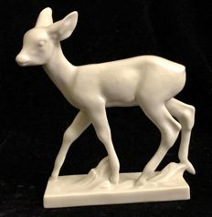 A mid 20th Century Meissen white porcelain deer figurine.