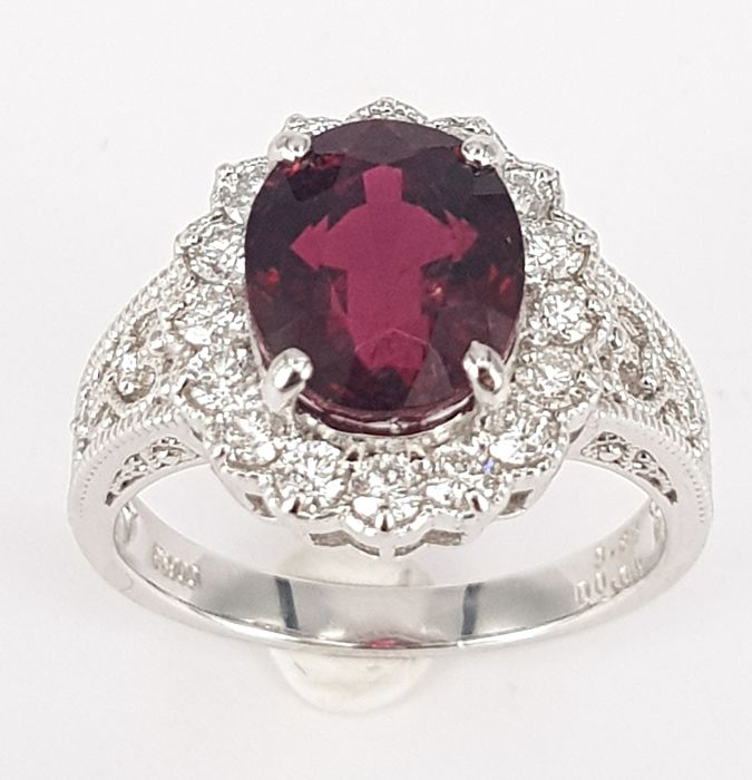 3.83 carats Tourmaline Ring with 0.65 carats White Diamonds in 18kt White Gold- Free Resizing, Free Delivery