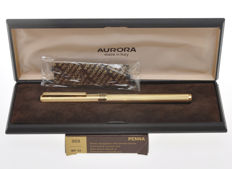 Aurora Marco Polo 303  gold plated fountain pen