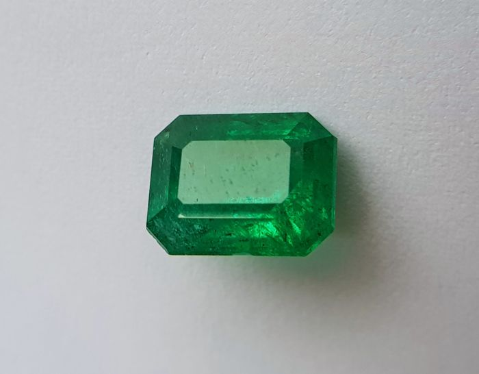 Emerald - 3.23 ct - No Reserve