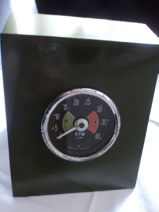 One English Smith's speedometer in wooden box - 50-60 years