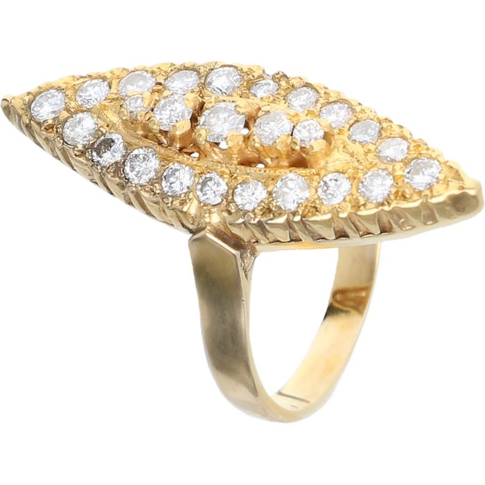 20k Geelgouden markies ring bezet met 25 diamanten van in totaal ca. 0,88 ct. - Ringmaat: 18 mm
