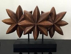 Modern sculpture in wood in very good condition bought in 1995 in the South of France