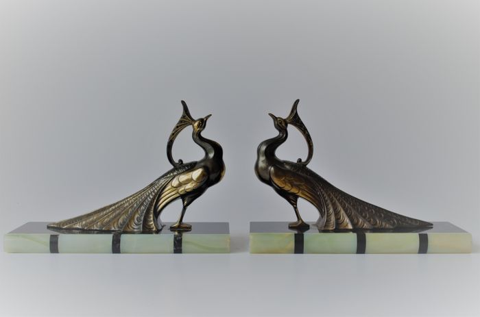 Peacocks - Art Deco pair of spelter bookends on marble and onyx base